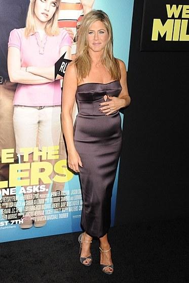 Дженнифер энистон была беременна